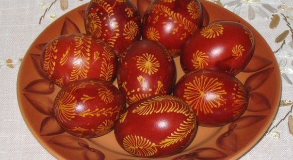 покрасить яйца